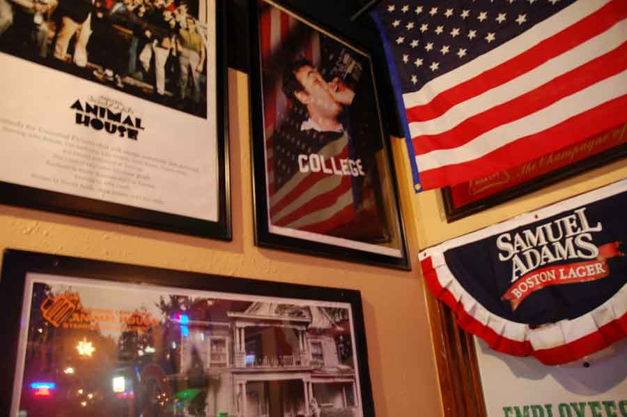 Collegewall -